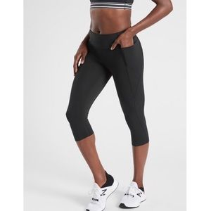 Athleta Velocity Crop leggings Black Sz M